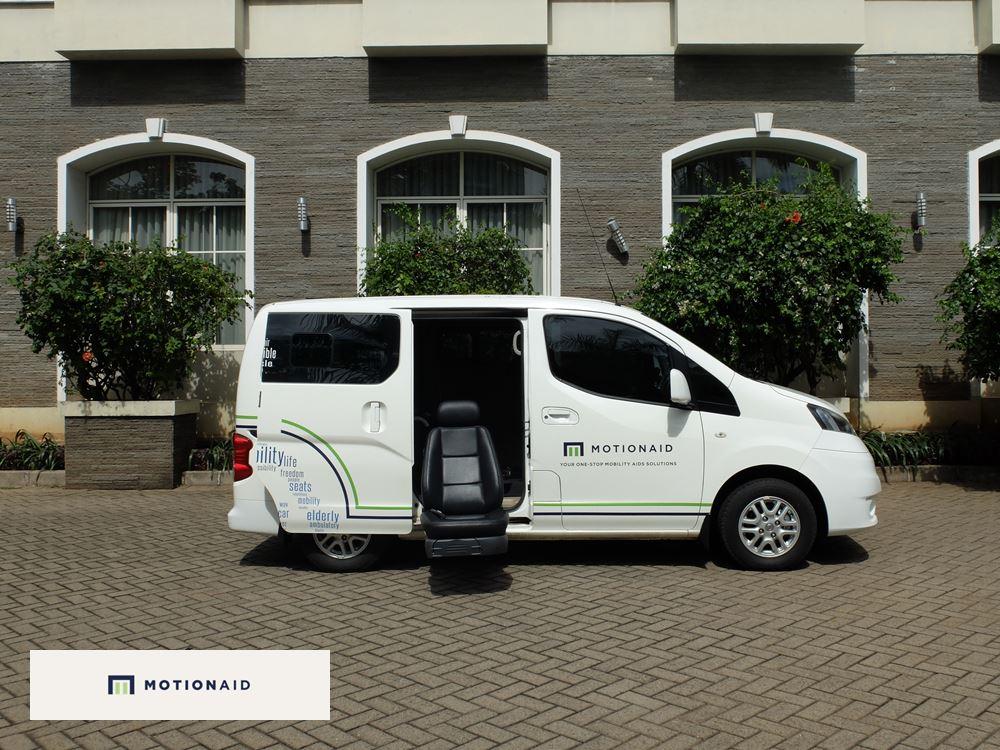 taksi kursi roda mobil difabel dan lansia motionaid(10)