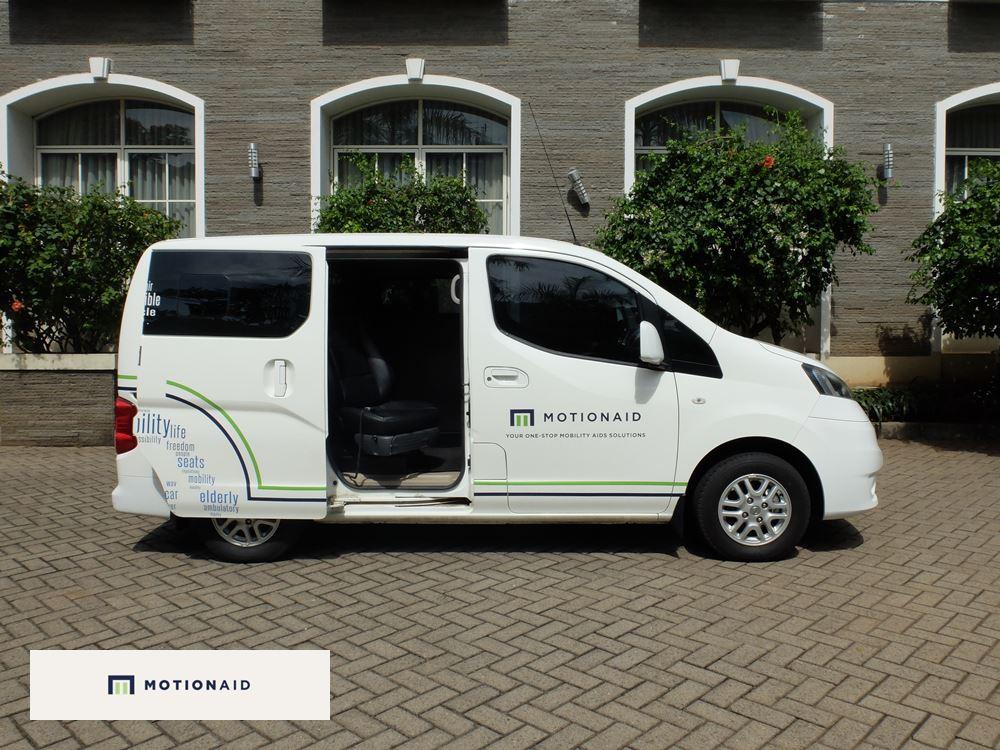 taksi kursi roda mobil difabel dan lansia motionaid(6)