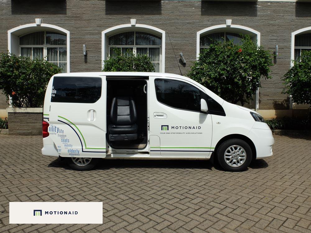 taksi kursi roda mobil difabel dan lansia motionaid(7)