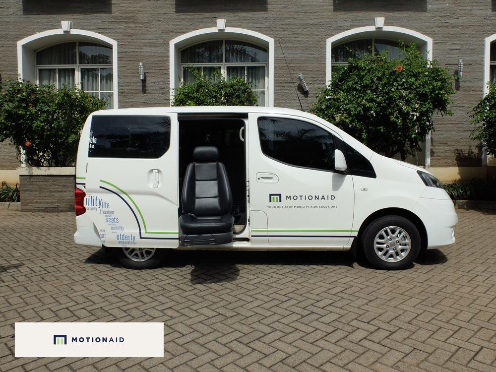 taksi kursi roda mobil difabel dan lansia motionaid(8)