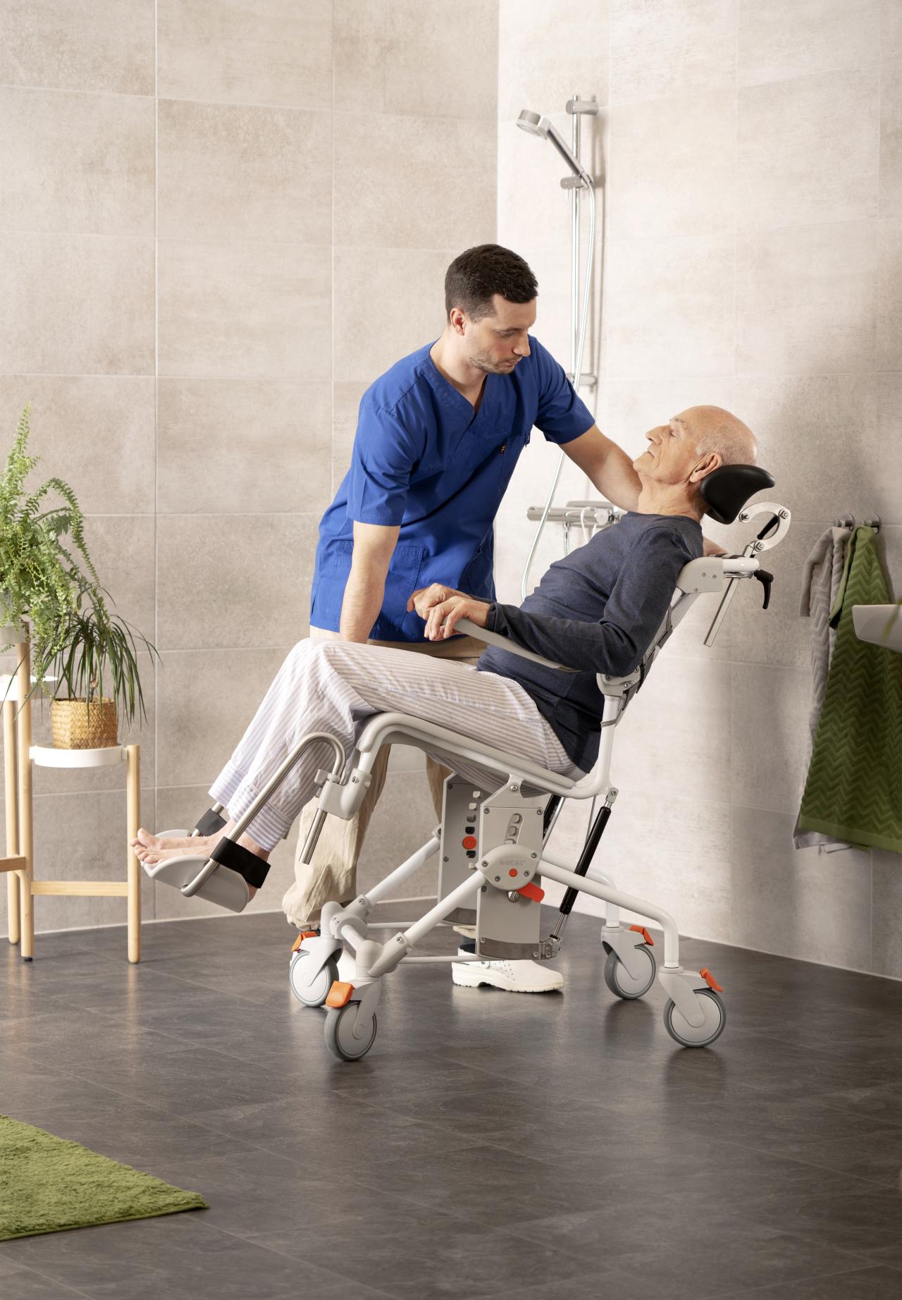 Mobile Tilt Shower Commodes Chair
